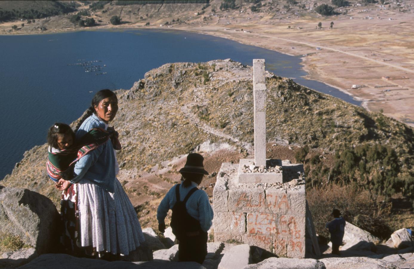 lama-glama-29-bolivia-2001