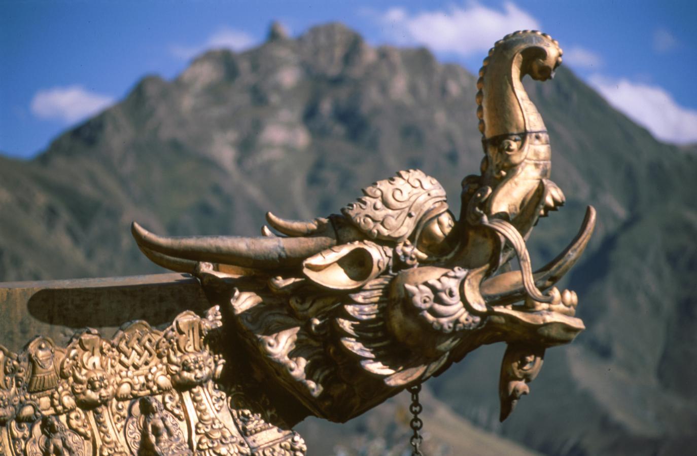 lhasa-tibet-2000