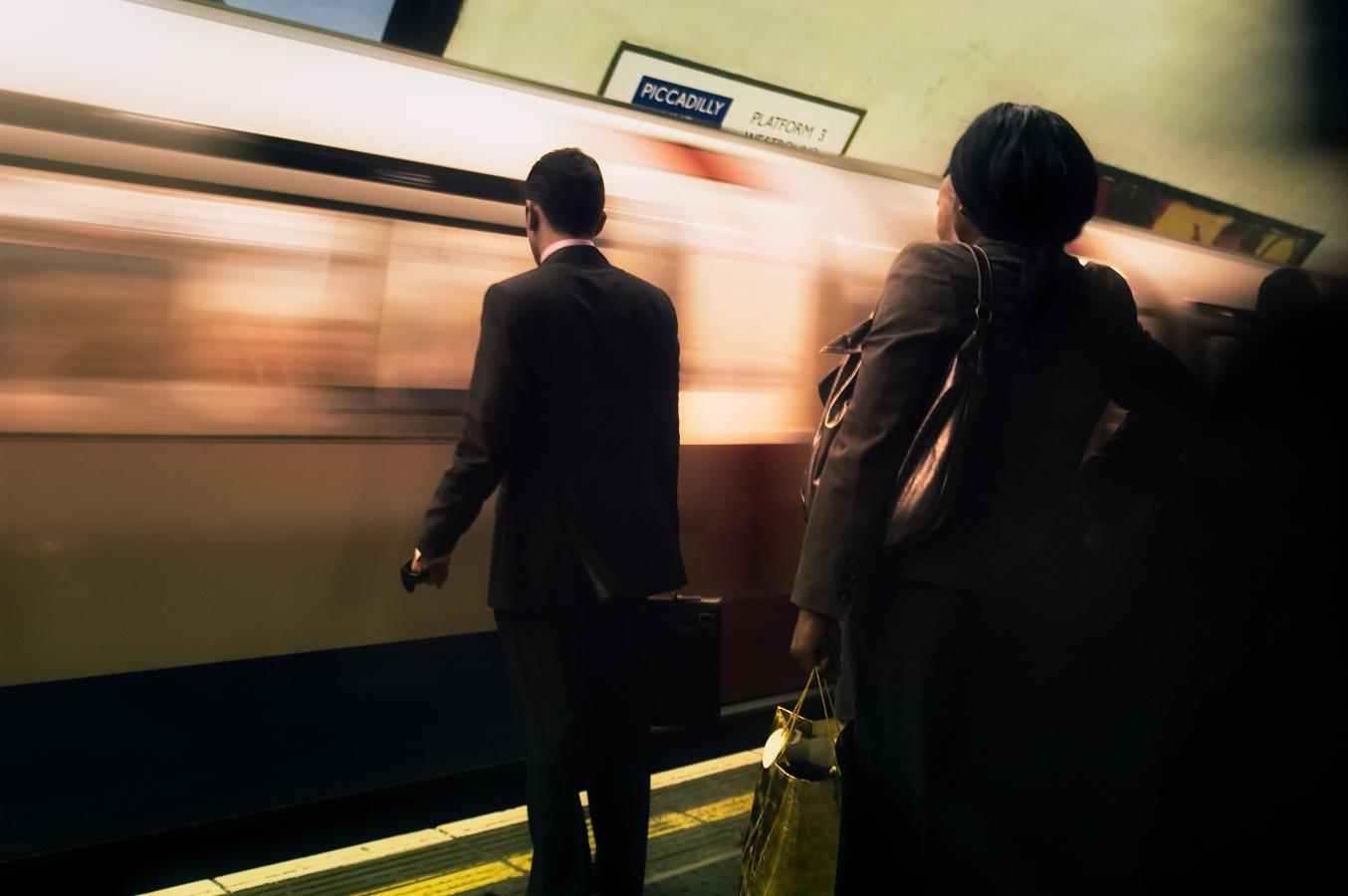 mind-the-gap-london-2007