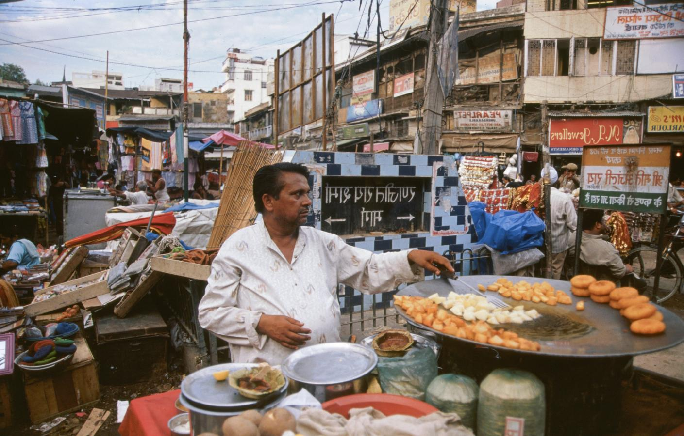 delhi-belly-delhi-2003