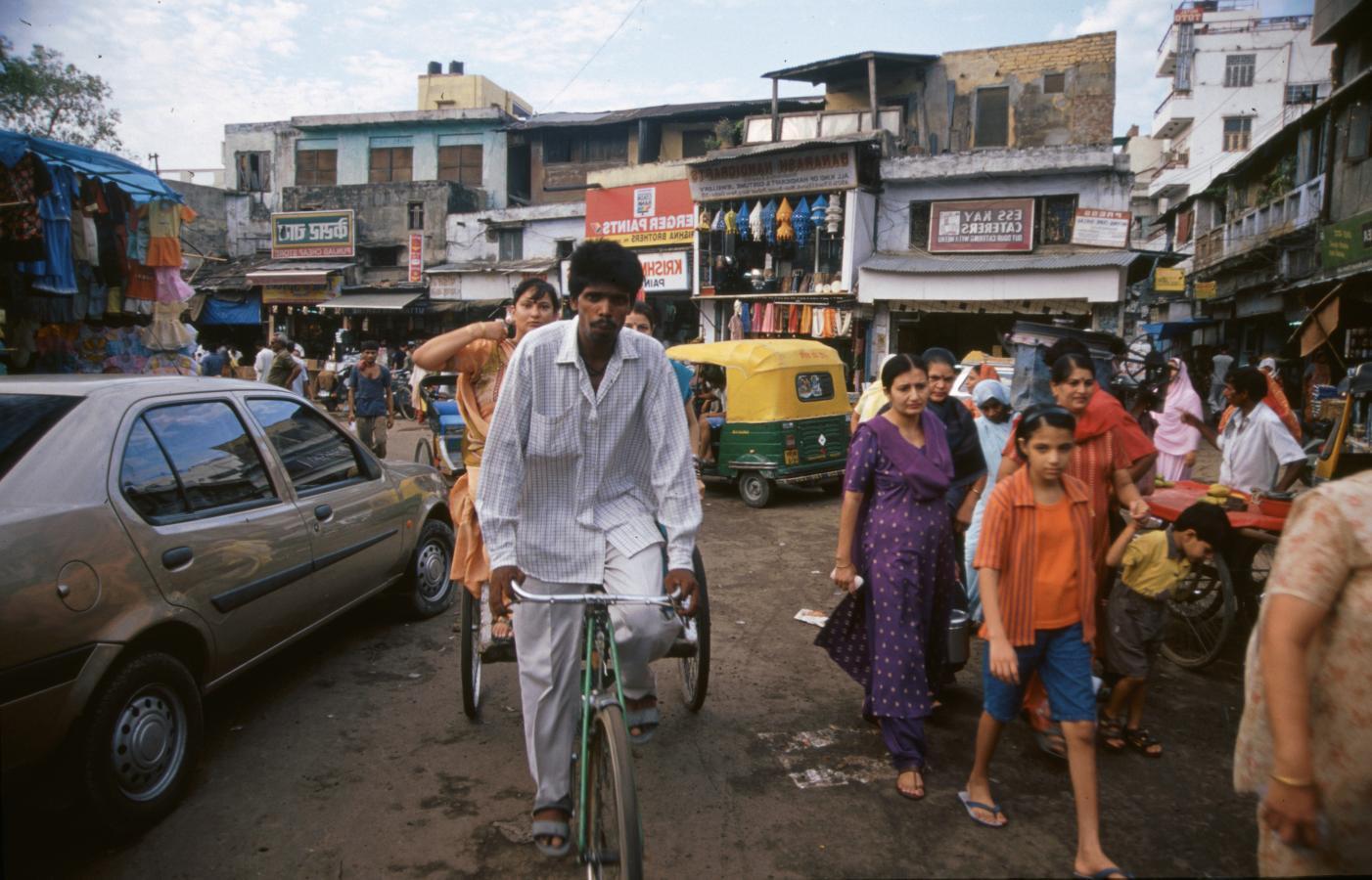 delhi-streets-delhi-2003