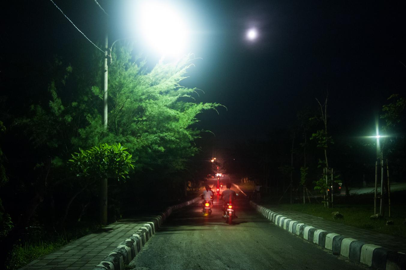 bikers-in-the-night-bali-2013